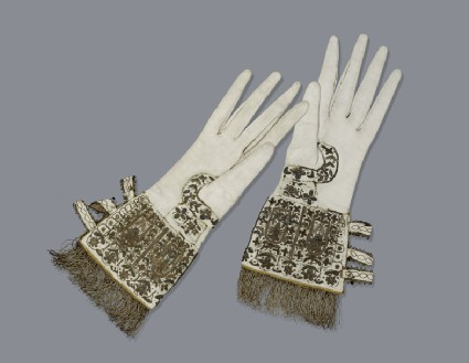 Gloves (Queen Elizabeth I Gloves)