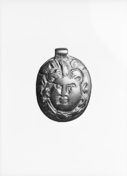 Jet pendant of Medusa