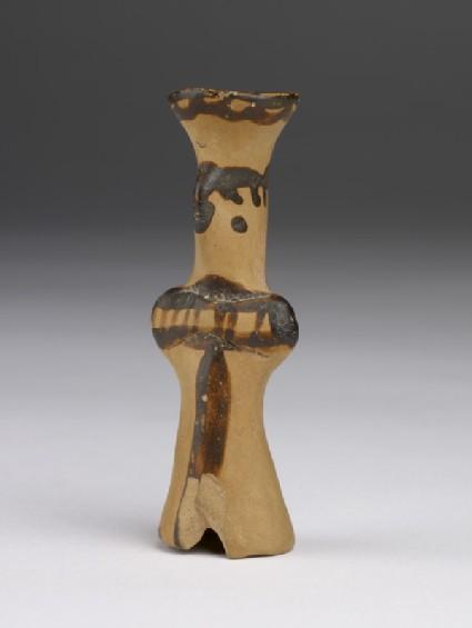 Mycenaean figurine (tau type) decorated with paint