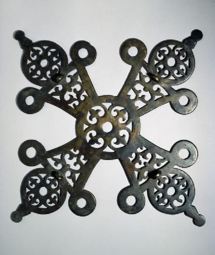 Bronze cruciform polycandelon