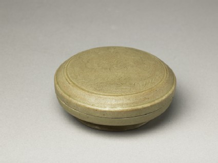 Greenware circular box and lid with floral decoration