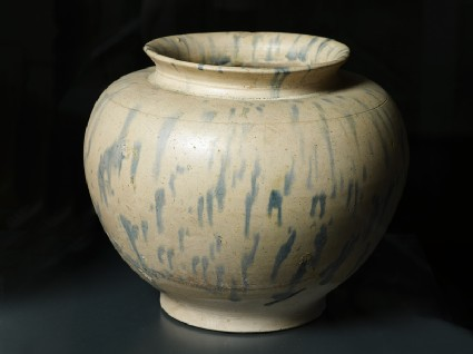 Earthenware jar