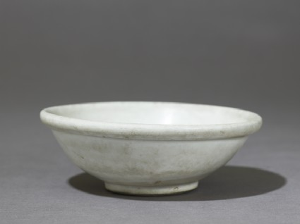 White ware bowl with thick rolled rim
