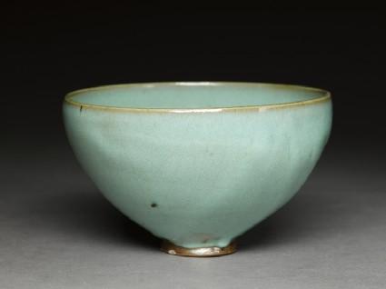 Deep bowl with blue glaze