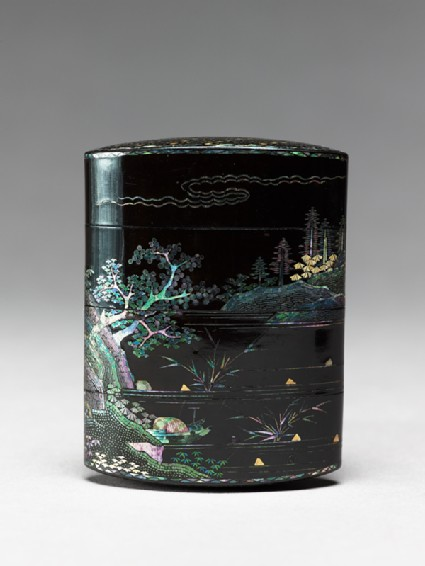 Inrō with landscape