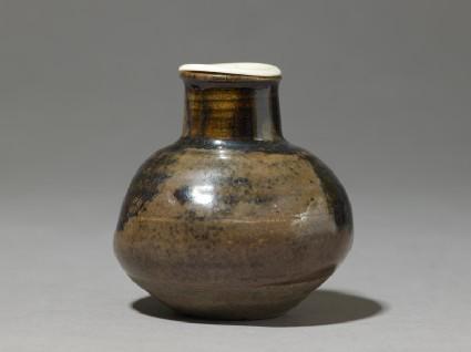 Lidded bulbous tea jar, or chaire
