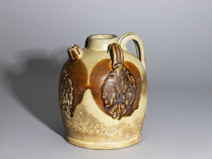 Changsha ware ewer with birds and flowers