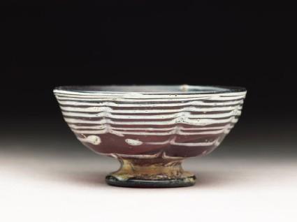 Marvered glass stem cup