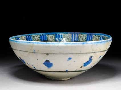 Bowl with interlacing stars