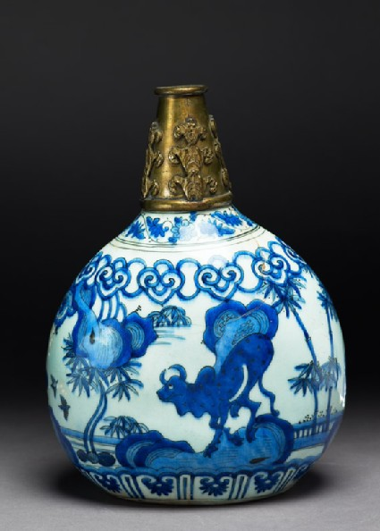 Flask with bull