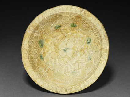 Bowl with geometrical patterns