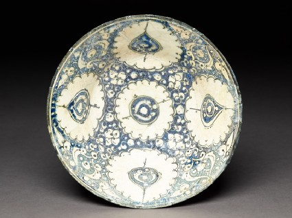 Bowl with five medallions and palmettes