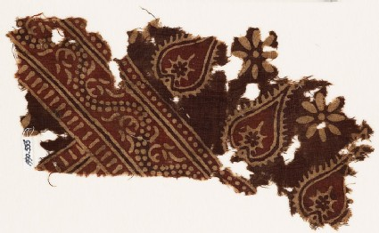 Textile fragment with tear-drops and dotted vine