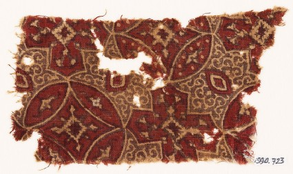 Textile fragment with linked circles and quatrefoils