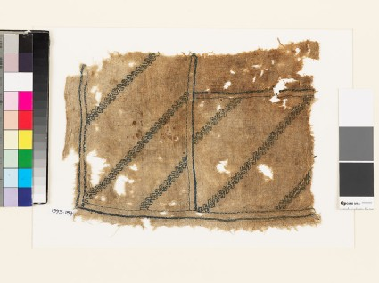 Textile fragment with double wave pattern