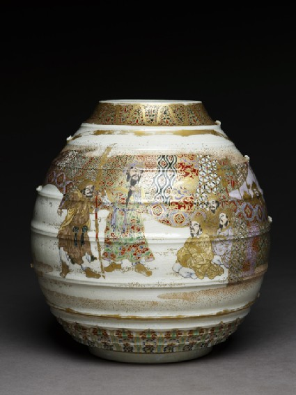 Satsuma style vase with archers and warriors