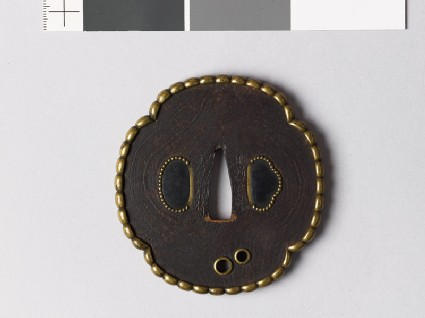 Mokkō-shaped tsuba with pearled brass rim