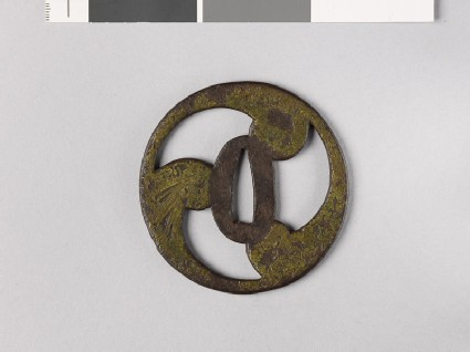 Tsuba in the form of a mitsudomoye, or three-comma shape
