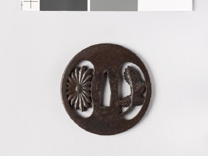 Round tsuba with chrysanthemum flower and leaf