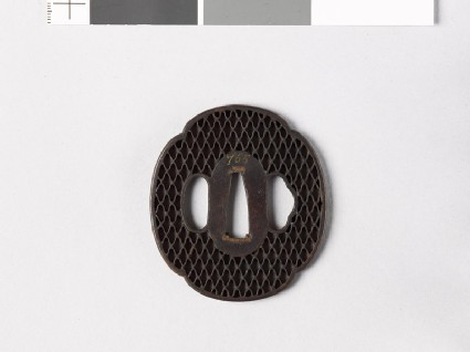 Mokkō-shaped tsuba with ajiro, or netting pattern