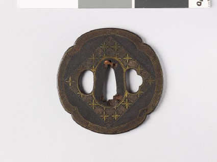 Mokkō-shaped tsuba with chequerboard