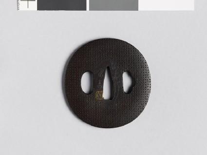 Lenticular tsuba with shippō diaper of interlaced circles