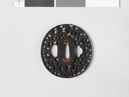 Lenticular tsuba with gingko leaves