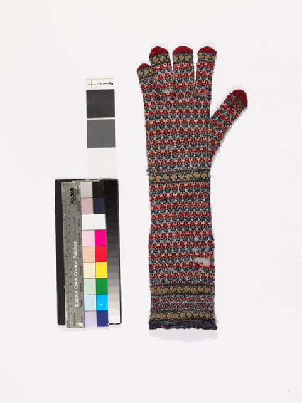 Long knitted glove