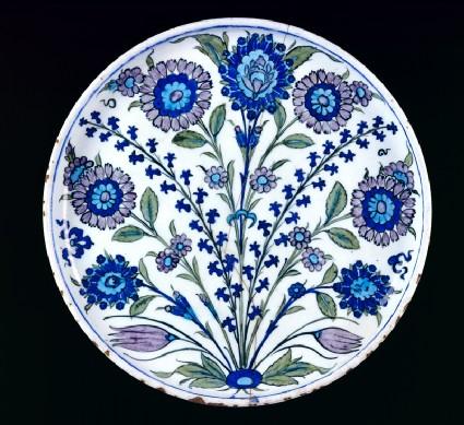 Dish with flower sprays