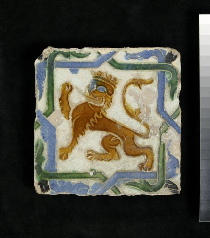Arista tile with a lion