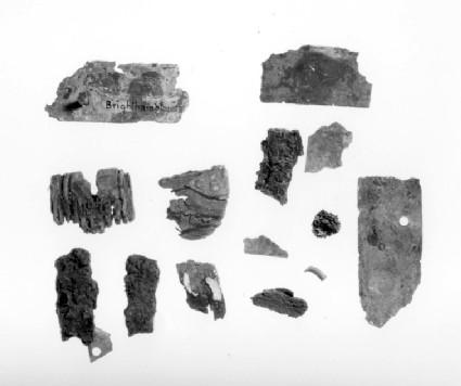 Bucket mount fragments