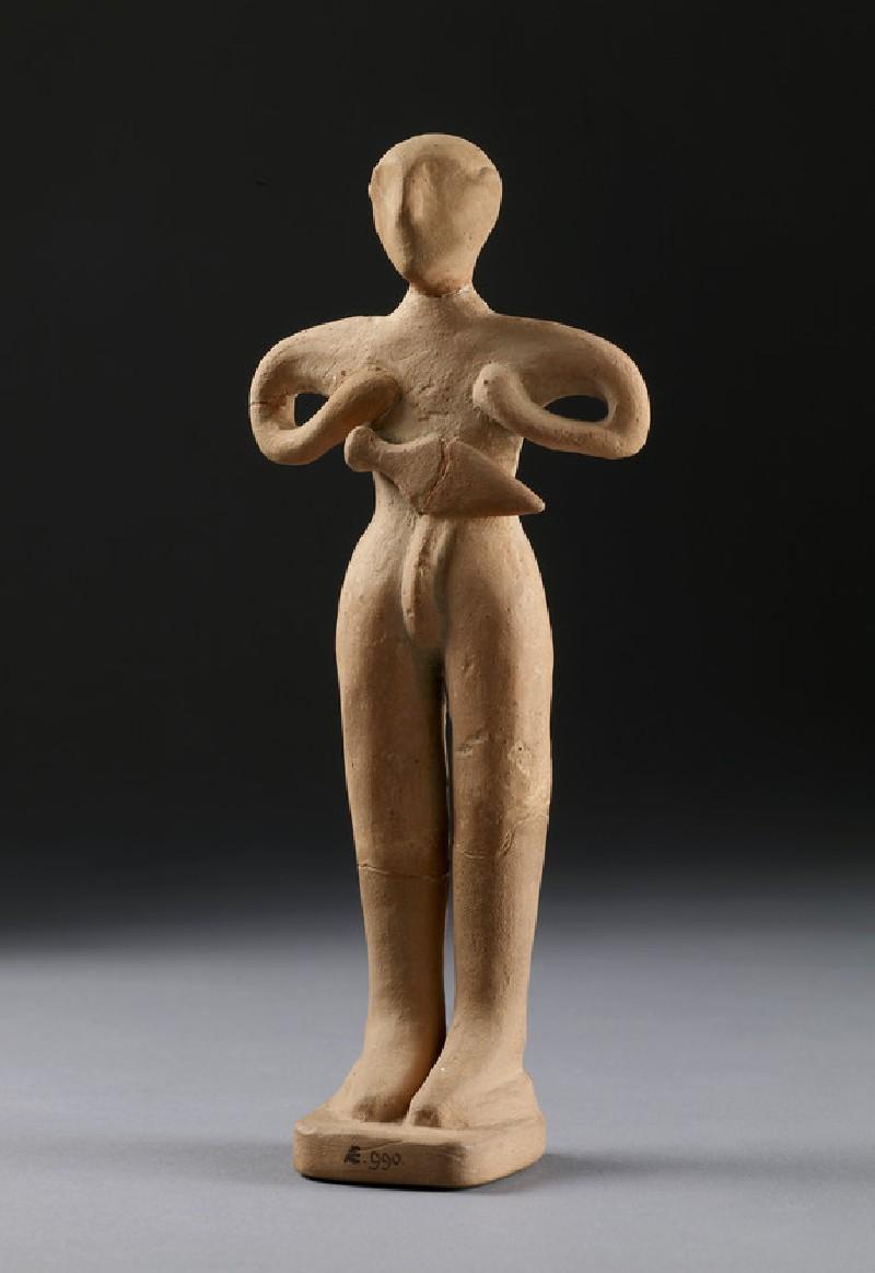 Human figurine, male with dagger (AN1896-1908.AE.990)