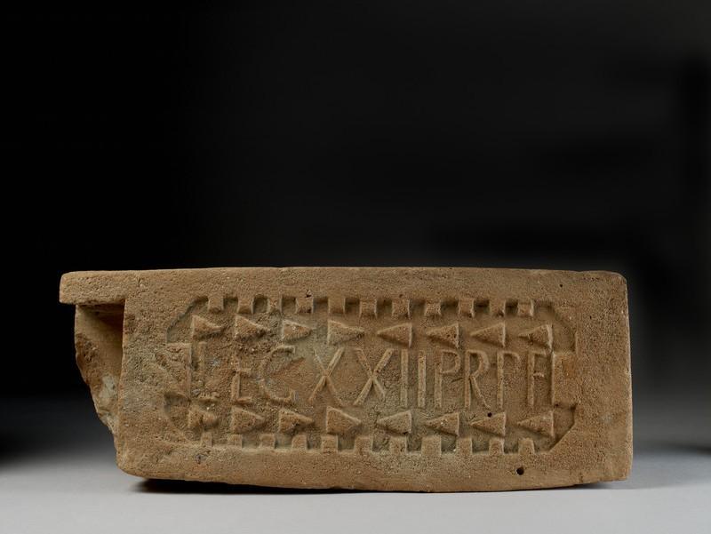 Stamped box flue tile marked LEG XXII PRPF (AN1939.120)
