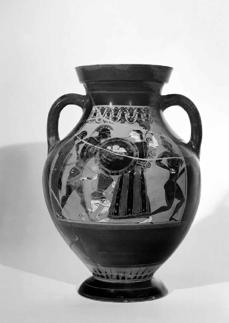 Attic black-figure pottery amphora depicting a mythological scene (AN1965.124)