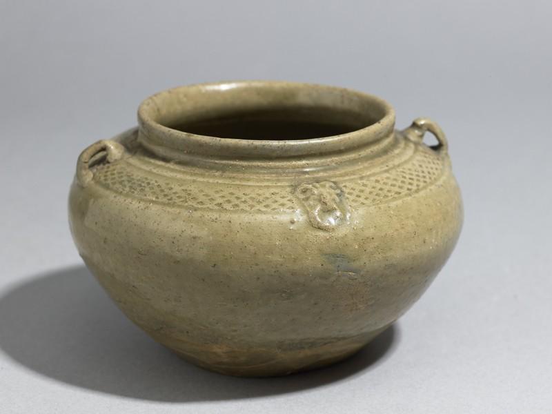 Greenware guan, or jar, with loop handles (EA1956.281, oblique            )