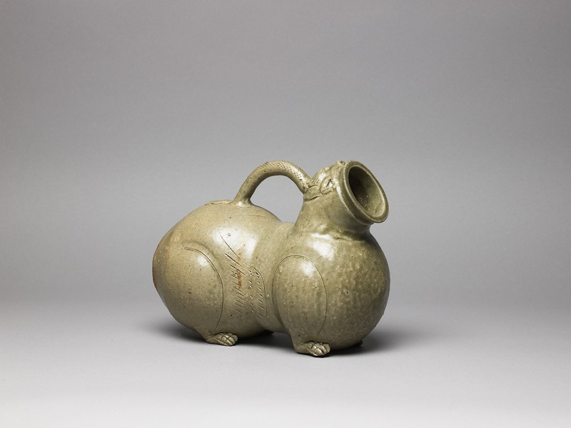 Greenware huzi, or chamber pot, in animal form