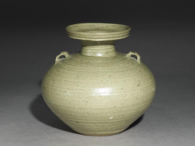 Greenware vase, or hu, with impressed decoration (EA1956.3921, oblique             )