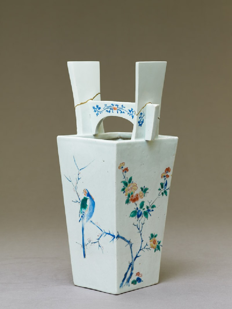 Vase with camellia tree and two birds (EA1978.672, oblique            )