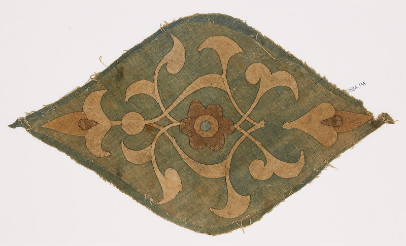 Textile fragment with medallion (EA1984.138, front            )