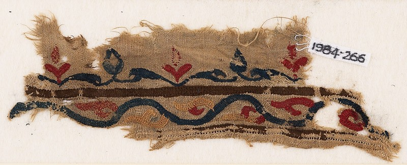 Textile fragment with vine and leaves (EA1984.266, front            )