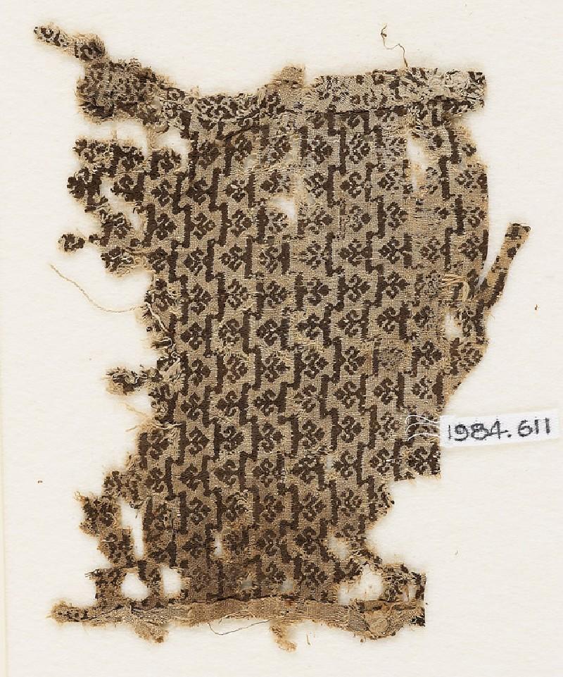 Textile fragment with trefoils (EA1984.611, front            )