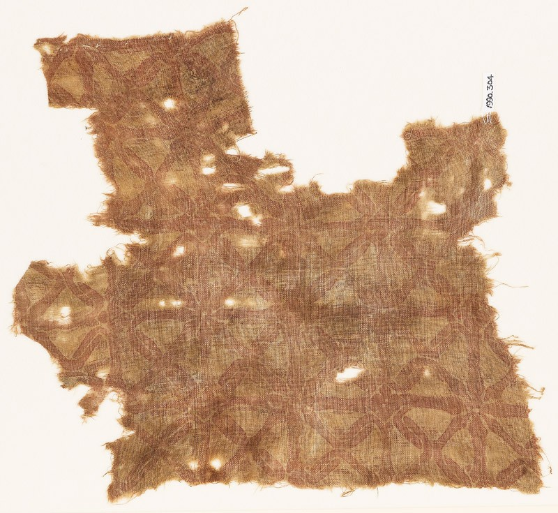 Textile fragment with interlace (EA1990.304, front            )