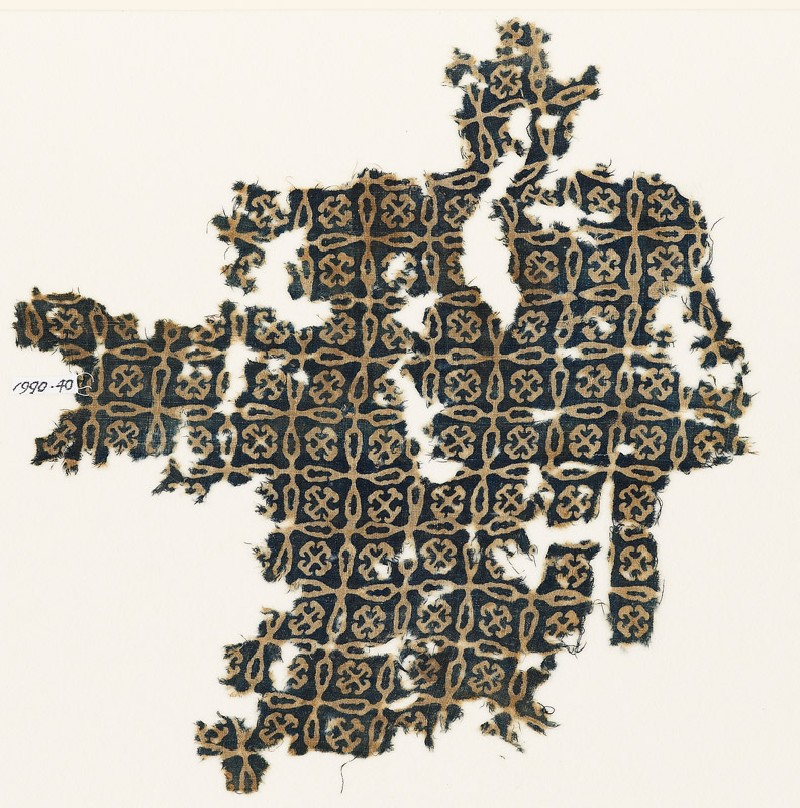 Textile fragment with linked crosses and Maltese crosses (EA1990.40, front           )
