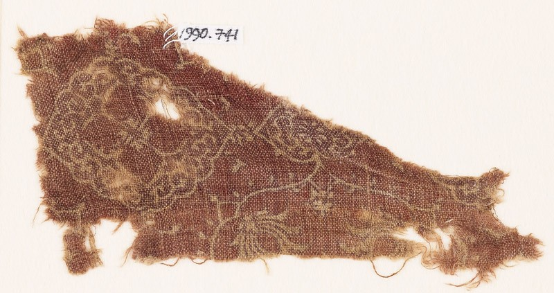 Textile fragment with medallions and tendrils (EA1990.741, front            )