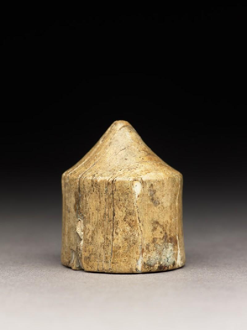 Ivory chess-piece (EA1991.170, side            )
