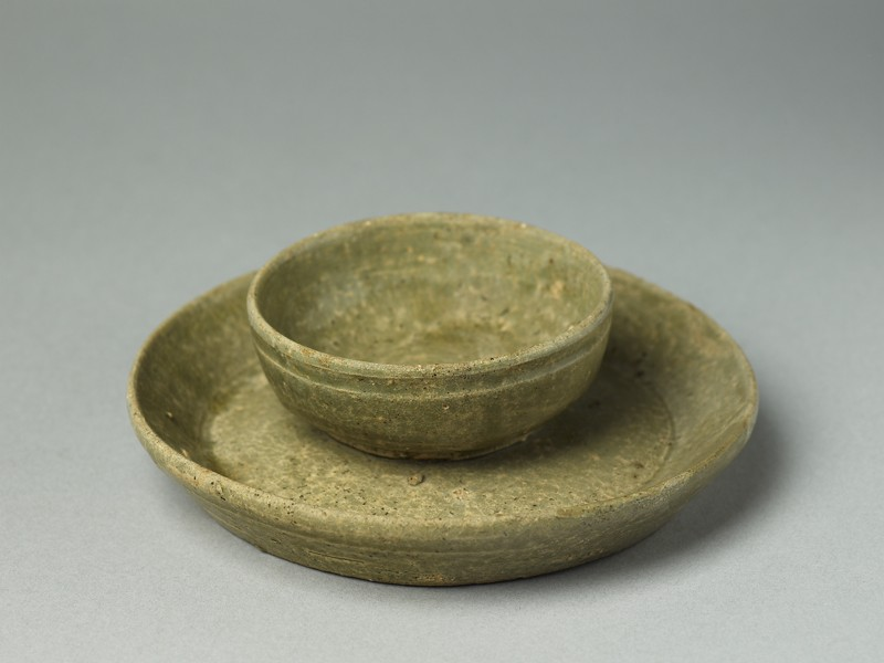 Greenware tray and cup