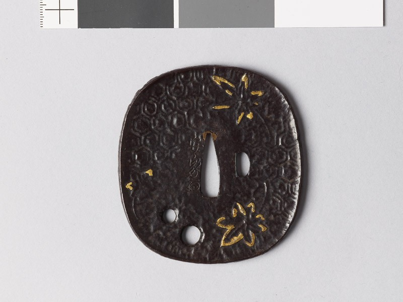 Tsuba with maple leaves (EAX.10078, front           )