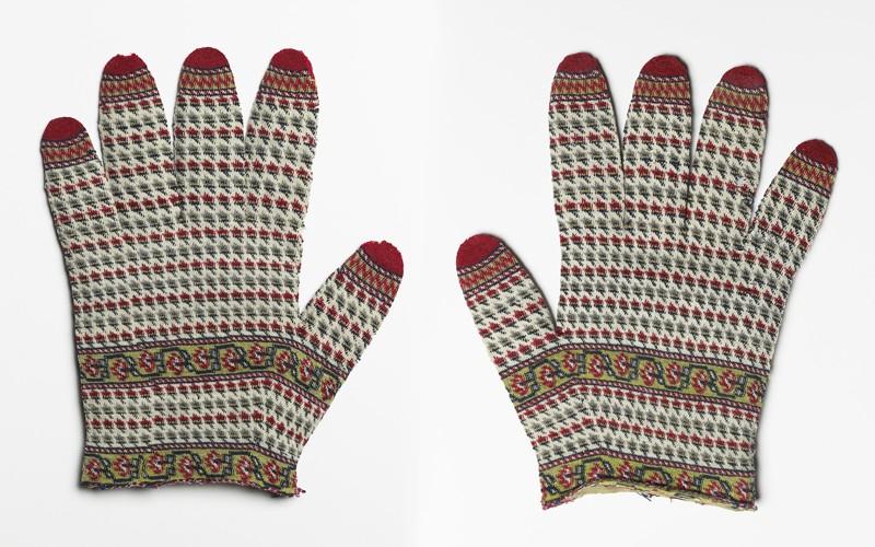 Warren Hastings' gloves